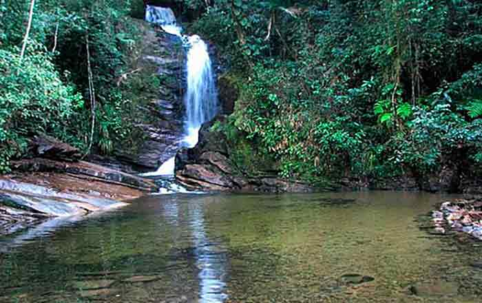 10 Cachoeiras de Ubatuba Que Você Deveria Conhecer