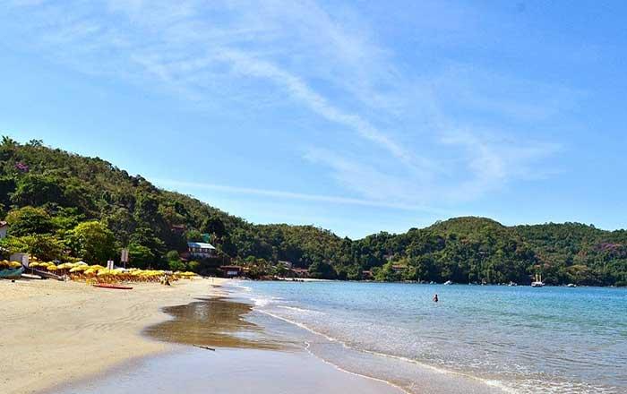 Conheça a Praia da Almada Em Ubatuba